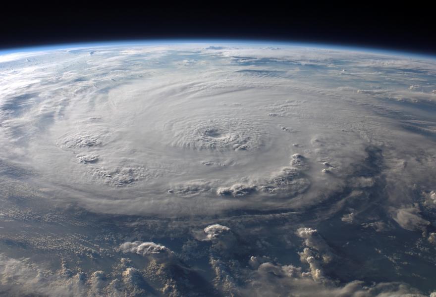 K800_cold-front-warm-front-hurricane-felix-76969